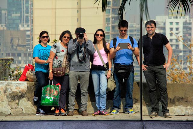 Minha mãe, Maria, eu, Yáskara, Tião e Élcio, no Museu de Macau