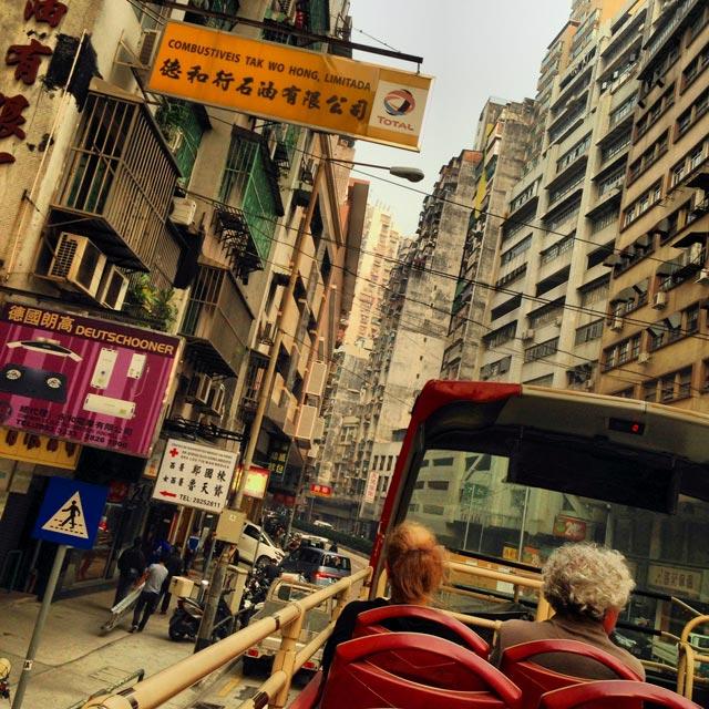 Passeio por Macau em ônibus turístico panorâmico (via Instagram)