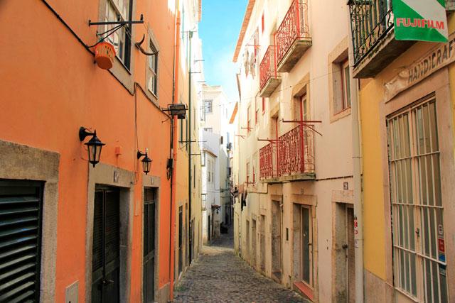Rua de São Miguel, no Alfama