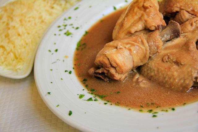 Coxas de frango cozidas