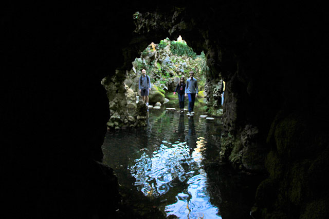 Saída do túnel no Lago da Cascata