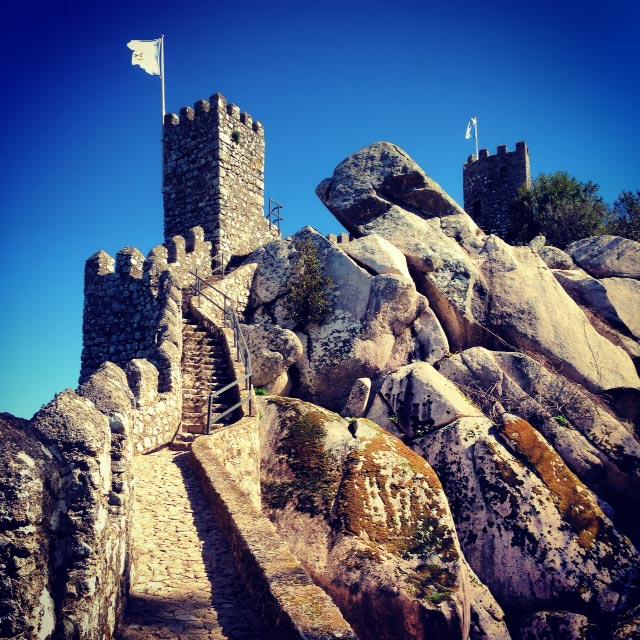 Castelo dos Mouros (via Instagram)