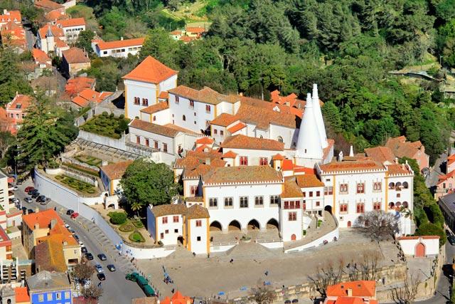 Palácio Nacional de Sintra Visto do Castelo dos Mouros