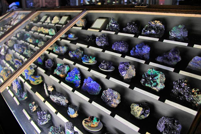 Exposição de pedras preciosas, no Naturhistorishes Museum