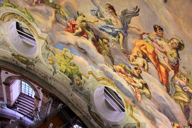Detalhe do afresco da cúpula da Karlskirche