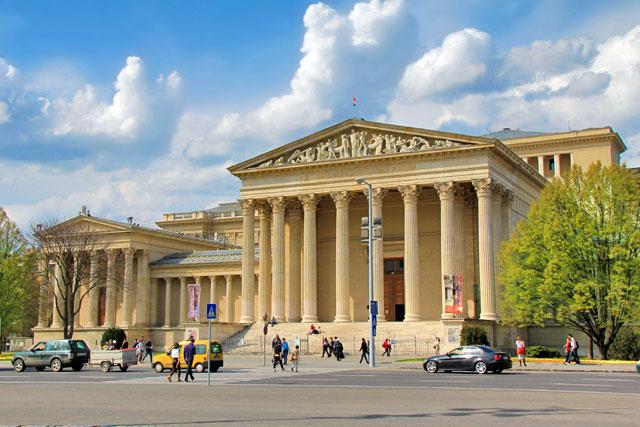 Edifício do Szépművészeti Múzeum (Museu de Belas Artes)