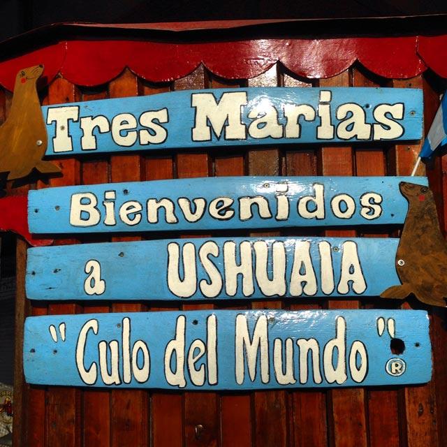 Placa situada no Porto de Ushuaia (via Instagram)
