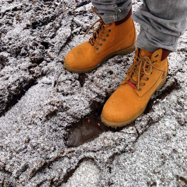 Minhas inapropriadas botas Timberland, na Glaciar Martial (via Instagram)