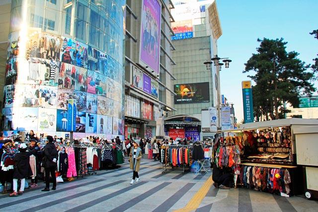 Feira na Jangchungdan-ro, no Dongdaemun Market