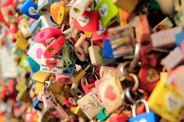 Cadeados no entorno da N Seoul Tower