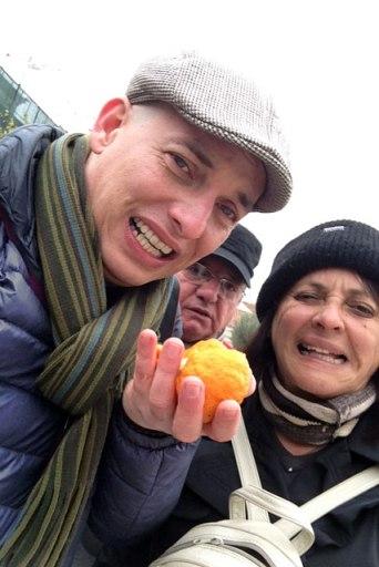 Degustando laranja-amarga