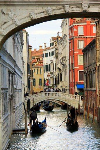 Rio de Palazzo e de Canonica