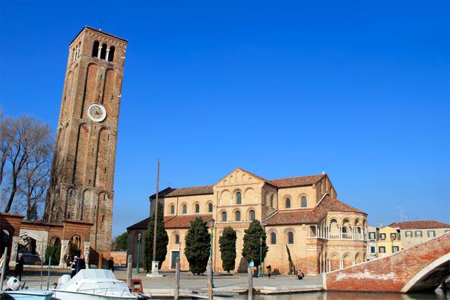 Campanário da Chiesa dei Santi Maria e Donato