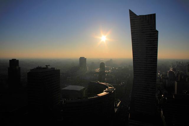 Varsóvia vista do terraço do Palácio da Cultura e Ciência