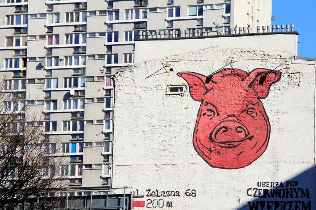Edifício situado na esquina das ruas Grzybowska e Waliców
