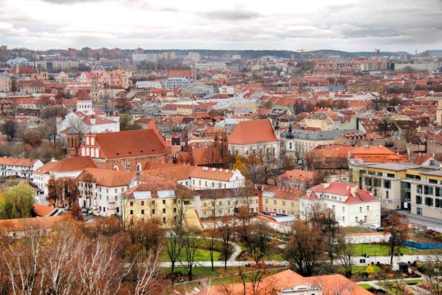 Vilnius vista da Colina das Três Cruzes