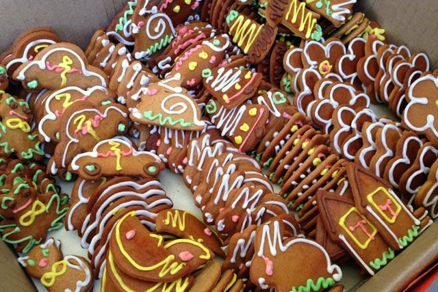 Biscoitos vendidos no mercado ao ar livre da Rua de Kalnciema