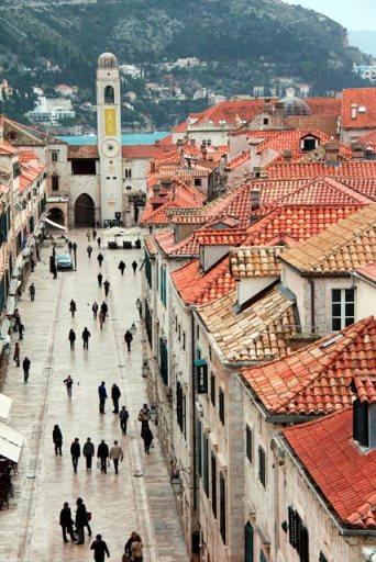 Stradun vista das Muralhas de Dubrovnik