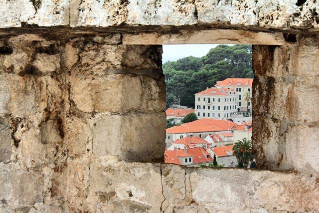 Cidade extramuros vista das Muralhas de Dubrovnik