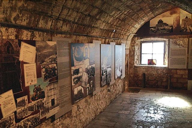 Exposição do Museu da Guerra de independência da Croácia